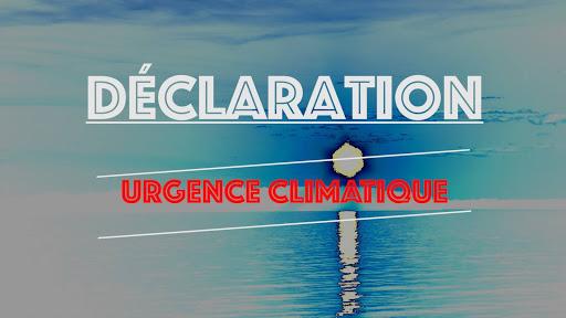 Des citoyens préoccupés par l'urgence climatique talonnent les élus de Rimouski